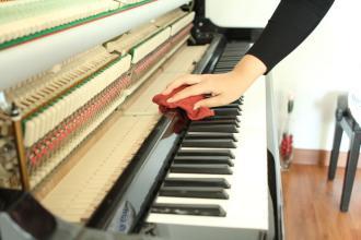 钢琴的维护