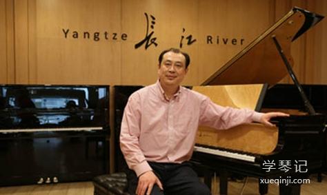 中国当代优秀钢琴家张晋谈学钢琴