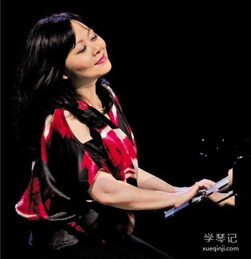 著名旅美钢琴家茅为惠