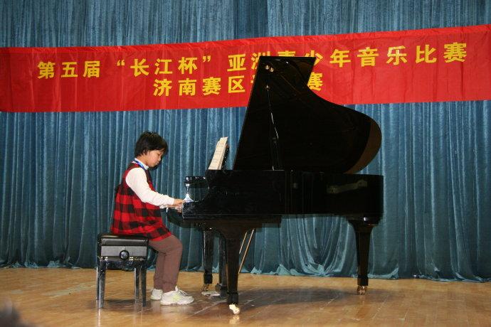 琴童参加钢琴比赛原来有这么多好处呢?