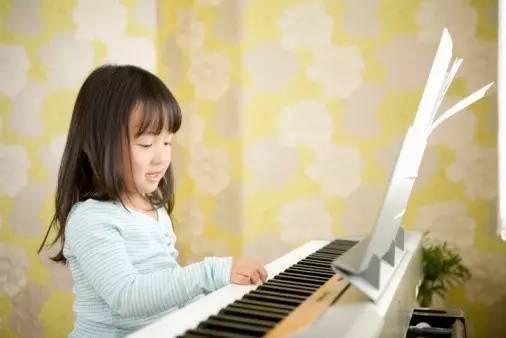 学习钢琴的最佳年龄段