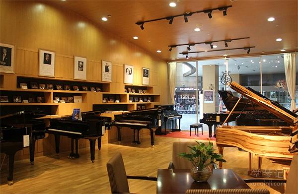 家长如何为孩子挑选一架好钢琴?