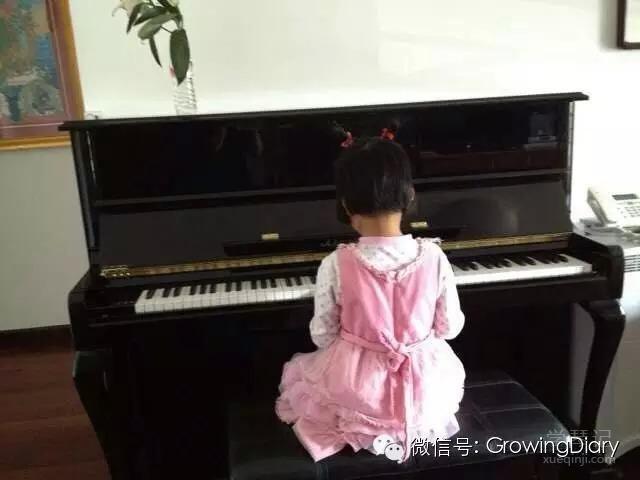 家有琴童:小女学琴记