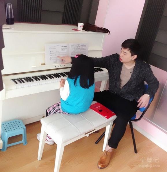 """【琴键上的亲子教育】父母如何跟孩子谈""""琴""""说""""爱"""""""