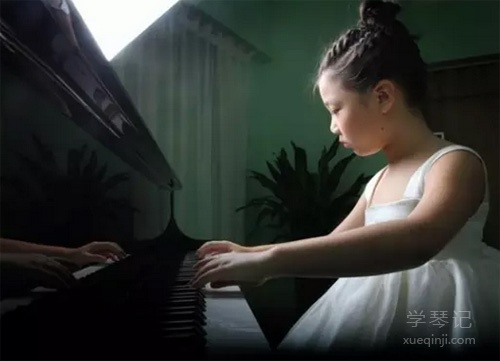 """学习钢琴是一场""""战斗""""!"""