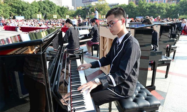 中国钢琴之城宜昌