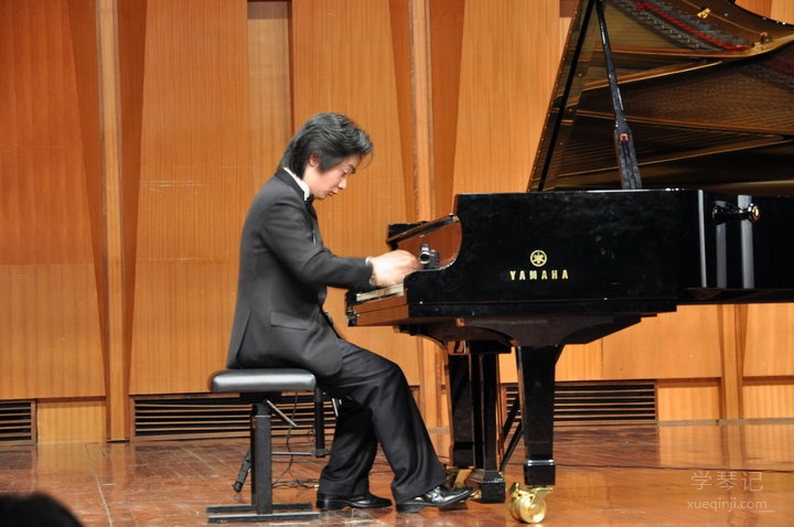 钢琴天才-沈文裕