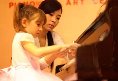 如何提高学生钢琴演奏的表现力?