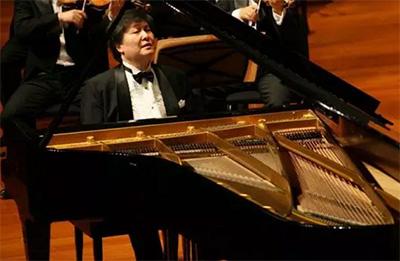 钢琴伴唱《红灯记》,京剧与钢琴的绝美结合!