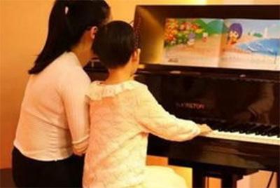 孩子学琴,家长有陪练的必要吗?