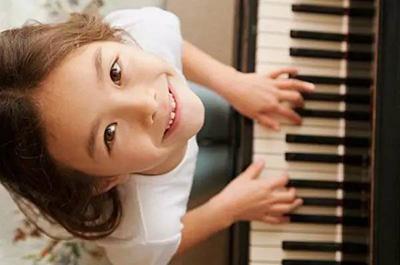 不忽悠,学乐器的孩子就是不一样!
