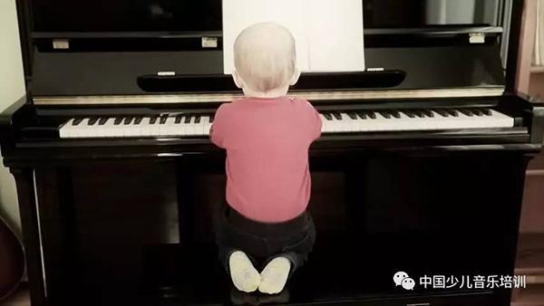 学琴,最后学得快的都是最早慢慢打基础的!