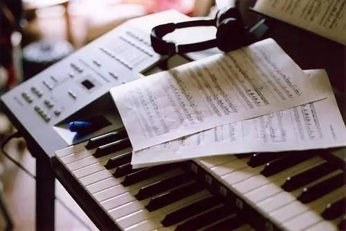 如何把握钢琴演奏中的情感表达?