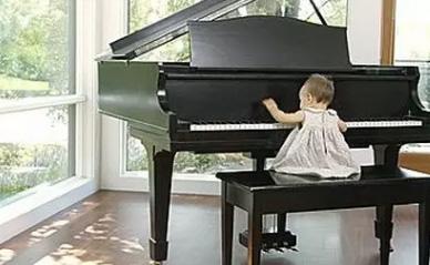 选好琴凳和选好钢琴一样重要