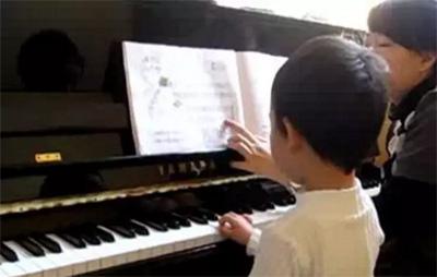 钢琴陪练教师怎么做才好?