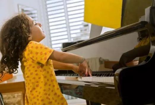 一位资深钢琴老师眼中的四个学琴步骤