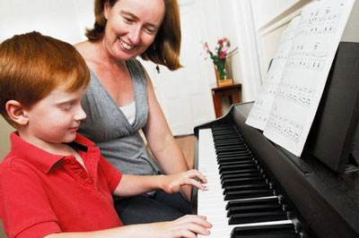 孩子学钢琴,快乐有妙招