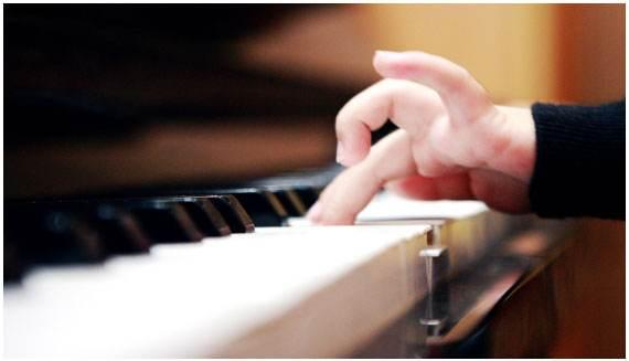 学琴只指望老师,那你孩子的钢琴之路就废了!