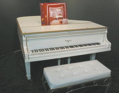 玛丽莲·梦露小三角钢琴