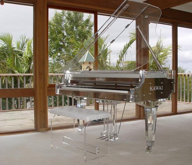 亨泽曼水晶钢琴