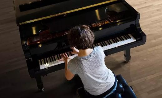 学习钢琴超过十年的人,告诉你钢琴学习需要注意什么!