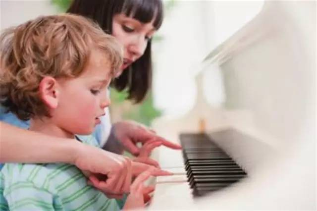 孩子不想学就不学,那还要家长做什么?99%的孩子是需要家长教育的!