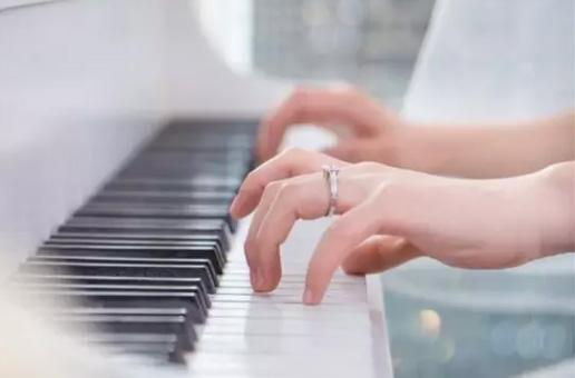 8个弹琴细节处理好,你还会说你不会弹琴?!