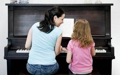 钢琴五线谱速读方法的四个原则和三个要求