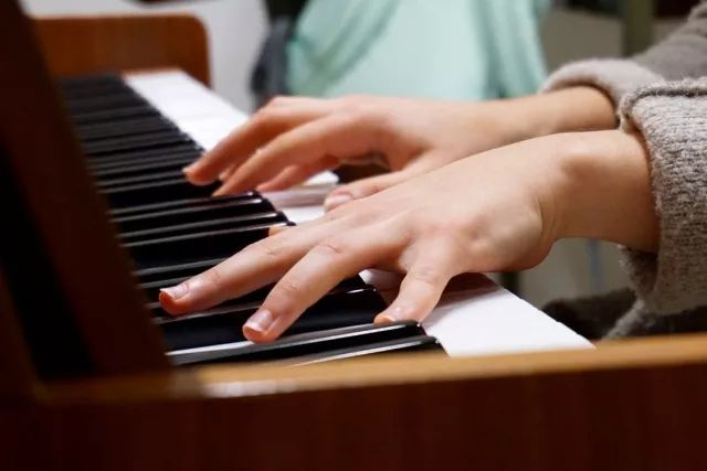 除了考级,这些标准更能反应你的钢琴水平