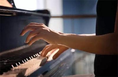 如何评价钢琴学的好与坏呢?
