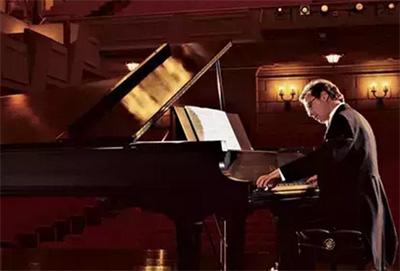 影响钢琴演奏音响效果的五个因素