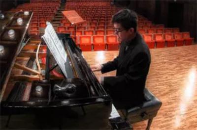 一位钢琴硕士的5条学琴忠告