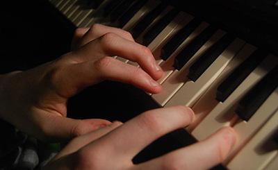 钢琴初学者在技巧上的注意事项
