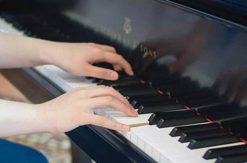 练琴不动脑,钢琴怎么能弹好
