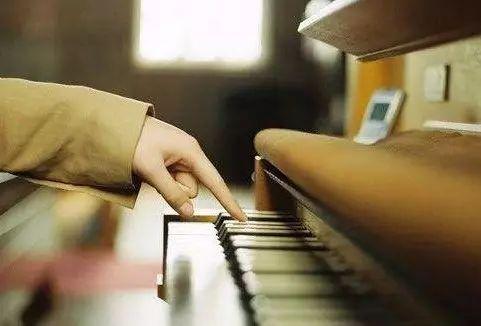 如果你做不到这些,我劝你放过钢琴.......