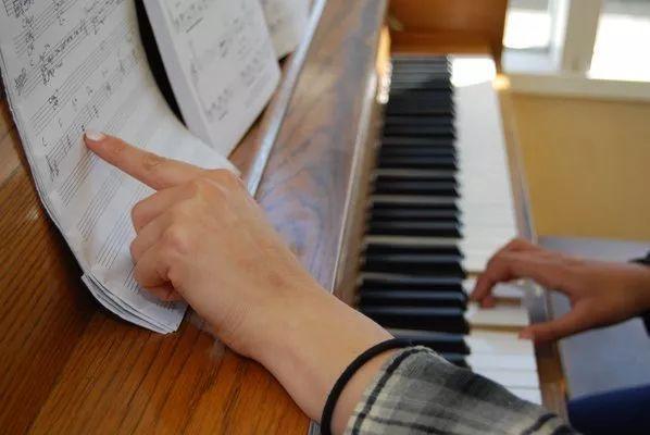 钢琴老师:我为什么不上门授课