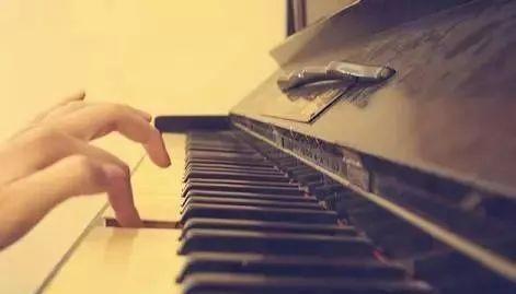 学钢琴,关于手指的误区,你知道多少?