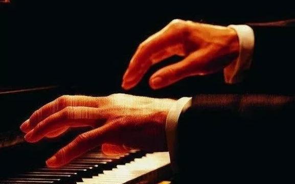 为什么越来越多的成年人开始学钢琴?