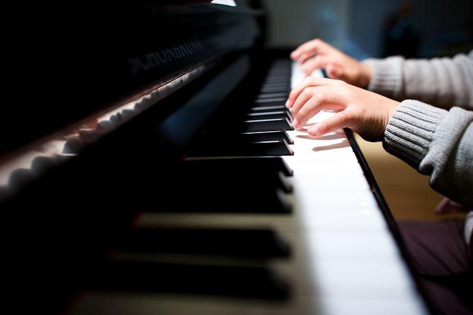 钢琴技术中琶音的作用及练习方法