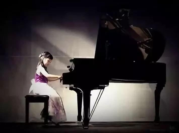 为什么一去参加钢琴表演孩子就失常?