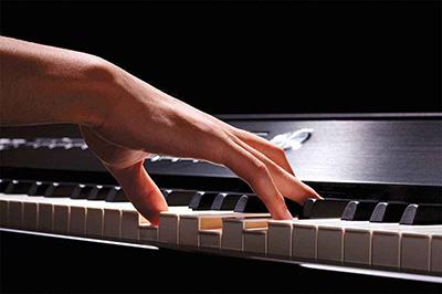 钢琴演奏中的重要环节——触键