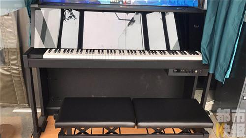 共享钢琴亮相西安街头