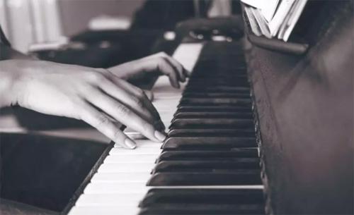 钢琴十级能走专业路线吗?